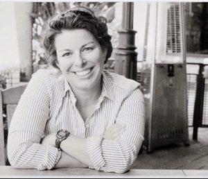 Mary E. Mendoza